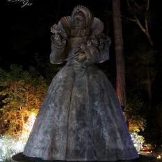 Queen Elizabeth Statue