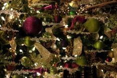 Elizabethan Gardens Upside Down Christmas Tree