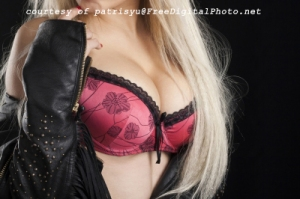 Breasts 100230333_patrisyu@FreedigitalPhoto